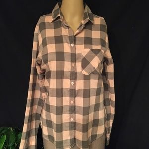 American Eagle Outfitters button down plaid shirt